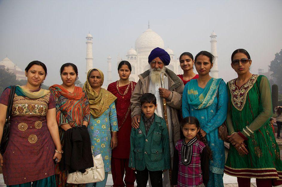 Family, Taj Mahal