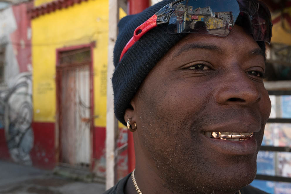 Man in cap with gold teeth, Havana